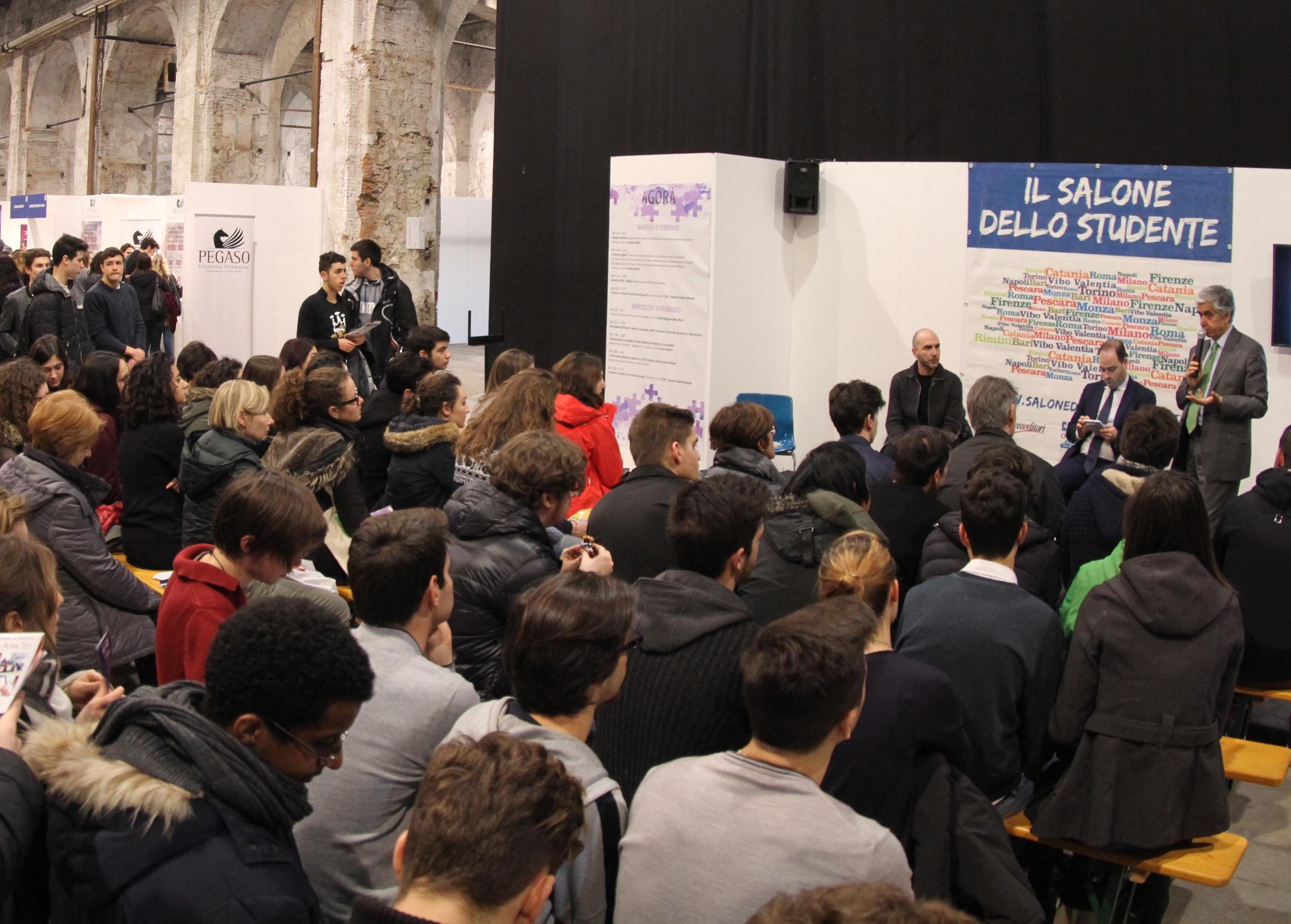 Palermo L Universita Telematica Pegaso Al Salone Dello Studente