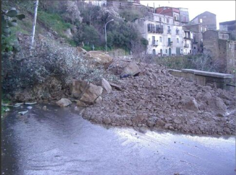 Tripi (Messina) frana